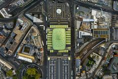 High-flying photographer Jeffrey Milstein (previously), renowned for his aerial photos of US cities, snaps landmarks through the open door of a helicopter. London Photos, London Art, London Landmarks, London Photography, Birds Eye View, British Museum, Ciel, London England, England Uk