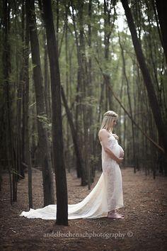 https://www.facebook.com/andelleschenachphotography maternity <3