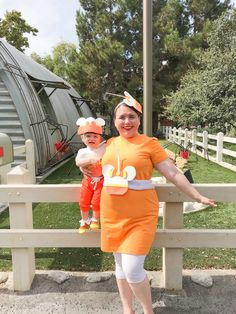 DIY Mickey Candy Corn Cake Pop Mommy & Me Costumes!