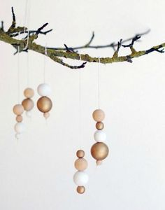 natural wooden ornaments 22 Natural Christmas ideas | http://passionshake.com