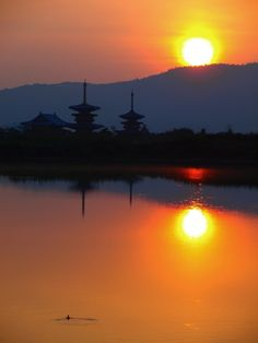 East and West Pagoda Towers at dawn, Yakushi-Ji Temple, Nara-Ken, Japan #japan #nara