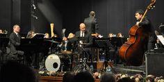Kerem Görsev otizmde farkındalık oluşturmak için İzmir'de sahneye çıkıyor Drums, Accounting, Music Instruments, Concert, Percussion, Musical Instruments, Drum, Concerts, Drum Kit