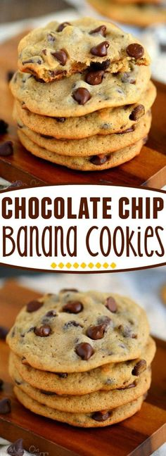 Banana chocolate chip cookies - Throwing out ripe bananas is a serious nono in my book Don't do it! Make cookies instead! These Easy Chocolate Chip Banana Cookies are sure to become a new favorite so soft and delicious, they're Healthy Desserts, Easy Desserts, Delicious Desserts, Yummy Food, Delicious Chocolate, Baking Desserts, Cake Baking, Mini Desserts, Yummy Recipes