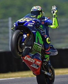 169.7 k mentions J'aime, 934 commentaires - @valeyellow46 sur Instagram : « Mugello circuit,Italy Friday,free practice 📸 Fermino Fraternali »