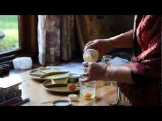 Annelies Dölle - Painting in Egg Tempera - YouTube