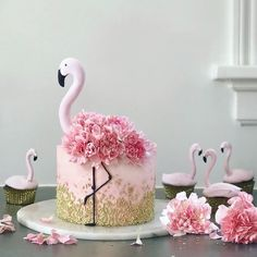 Beautiful cake inspiration from 💗😍 __________________ Follo .- Schöne Kuchen Inspiration von 💗😍 __________________ Follo … Beautiful cake inspiration from 💗😍 … - Pretty Cakes, Cute Cakes, Beautiful Cakes, Amazing Cakes, Amazing Birthday Cakes, Heart Birthday Cake, Birthday Cake Pops, 60th Birthday, Flamingo Party