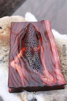 """Trout in the Stream. Absolutely amazing woodwork from the """"Wood Carver Artist' Tom Dean. I have seen it for real in many Trout Streams. Wood Sculpture, Sculptures, Wood Projects, Woodworking Projects, Woodworking Plans, Woodworking Shop, Got Wood, Wood Creations, Wooden Art"""