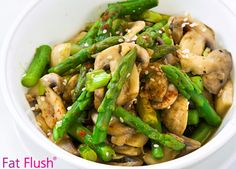 Warm Asparagus & Mushrooms- Official Fat Flush Recipe Source by fatflushdiet Fat Flush Soup, Fat Flush Diet, Asparagus And Mushrooms, Stuffed Mushrooms, Healthy Dishes, Healthy Recipes, Healthy Options, Clean Recipes, Clean Eating