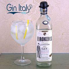 A classic #GinTonic #BrokersGin   #Gin #Blog  #Blogger  #Photography #Cocktail #GinLovers #Bar #Ginebra #Drinks #Drink #Booze #Cocktails #Spirits #GinTonic #GinOClock #LondonDryGin #Juniper #HomeBar #GinandTonic #GinTime #Tonic #GinItaly #Ginspiration #Ginstagram #GinofInstagram #GinsofInstagram
