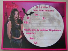 Carte d'invitation anniversaire Chica Vampiro