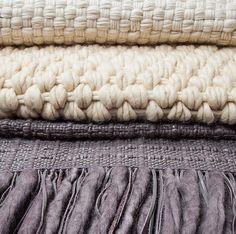 Mantas em lã de ovelha feitas sob medida  e tecidas no tear manual | Elisa Atheniense Home