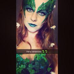 Hera venenosa cosplay