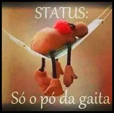 ( ao soprar nem um poco de pó fica...) Portuguese Quotes, Mind Thoughts, Good Humor, Comic Strips, Cool Pictures, Haha, Wisdom, Messages, Smile