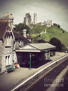 Title  Vintage Corfe Castle  Artist  Linsey Williams  Medium  Photograph - Photography