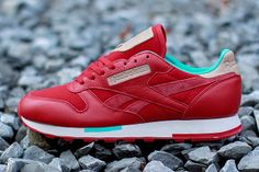 Reebok Classic Leather Utilty(Red/Teal)