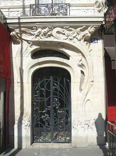Art Nouveau  doorway at place Etienne Pernet, 24 (Paris 15e), 1905 Alfred Wagon, architect.