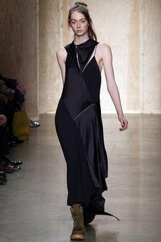 DKNY Fall 2016 Ready-to-Wear Fashion Show - Lauren de Graaf