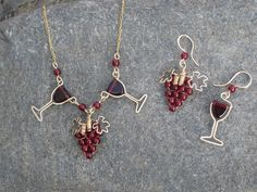 beautiful wine necklace & earrings- Liz Patton Designs