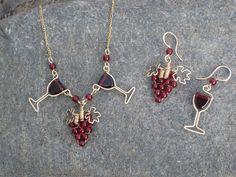 beautiful wine necklace & earrings- Liz Patton Designs