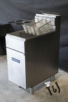 Used Imperial Range 40lb Capacity IFS-40 Fryer $450 http://www.redburner.com/deals/view/35