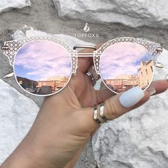 Angel Sunnies - Rose Gold These women Topfoxx Sunglasses are reflective mirrored eyewear in pink. These are great for small face shapes with a vintage, lace, vibe. Cute on teens and adults! Ray Ban Sunglasses, Cat Eye Sunglasses, Mirrored Sunglasses, Sunglasses Women, Reflective Sunglasses, Gold Sunglasses, Mirrored Aviators, Womens Fashion Online, Latest Fashion For Women