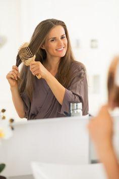 Je voudrais vous parler aujourd'hui d'un problème qui préoccupe beaucoup de personnes, pour lequel je reçois beaucoup de questions sur ce blog, et qui se décline en 2 parties : La chute des Cheveux – Comment l'arrêter – Comment stimuler la repousse des cheveux Voici un témoignage sur l'extraordinaire efficacité des huiles végétales et des …
