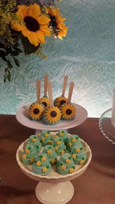 Candy apples at a Frozen Fever birthday party! See more party planning ideas at CatchMyParty.com!