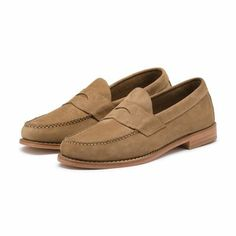 bcae0545a0d Discover our polished collection of timeless mens footwear and shoes. Bass   dapper mens shoes marry classic construction and modern creativity.