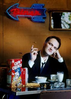 Quentin Tarantino eating some Cap'n Crunch 1992 Quentin Tarantino Films, Tarantino Filmography, How To Be Single Movie, Reservoir Dogs, Hommes Sexy, French Films, Indie Movies, Film Aesthetic, Actor