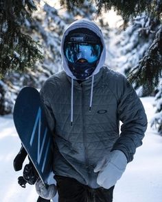 43 First Snow Outfit Ideas for Men to Try Style Style Snowboard ? Snowboarding Photography, Summer Vacation Spots, Fun Winter Activities, Snowboarding Outfit, Snow Outfit, Cooler Look, Winter Hiking, Ski And Snowboard, Wakeboarding