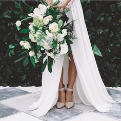 Wednesday floral inspiration ❤️ #LOVE RP; @thewhitefiles @partywithlenzo