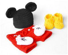 Mickey Mouse Newborn Photography Prop Set crochet pattern by #SpringCasual #crochetpattern