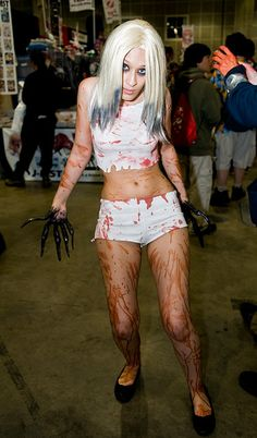 The Witch, Left 4 Dead cosplay.