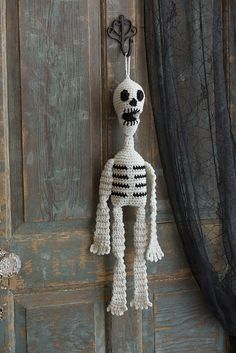 Ravelry: Hanging Skeleton pattern by Sharon Mann