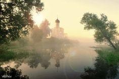Туман над рекой, церквушка.. - анимационные картинки и gif открытки