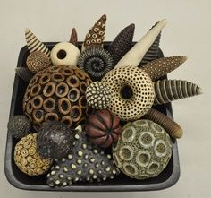 More rattles from Kelly Jean Ohl - incredible! More rattles from Kelly Jean Ohl – incredible! Polymer Clay Kunst, Polymer Clay Creations, Polymer Clay Jewelry, Ceramic Clay, Ceramic Pottery, Organic Ceramics, Clay Texture, Sculptures Céramiques, Paperclay