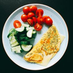 7 x koolhydraatarme lunch 7 x koolhydraatarme lunch Healty Lunches, Healthy Snacks, Healthy Recipes, Lunch Recipes, Real Food Recipes, Yummy Food, Bio Food, Clean Eating, Easy Healthy Breakfast