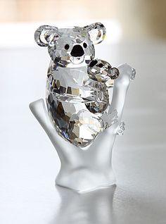 Swarovski Crystal Figurines, Swarovski Crystals, Cut Glass, Glass Art, L Eucalyptus, Crystal Tree, Clear Crystal, Accesorios Casual, Glass Figurines
