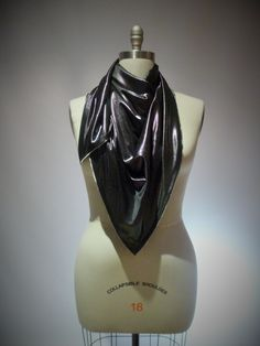 [slinky zip scarf]
