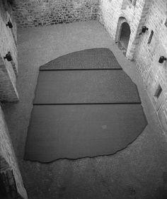 """Place des Ecritures - """"Ex-Libris J.-F.Champollion"""" - J. Kosuth - Figeac - 1990"""