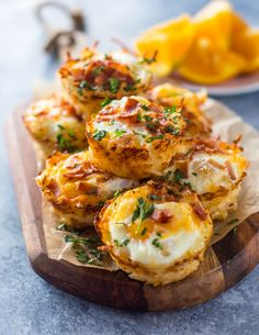 Hash browns packed into muffin tins and filled with egg, cheese and bacon making perfect crispy nests. They make a great breakfast or brunch and can be frozen for meal prep for a delicious grab an…