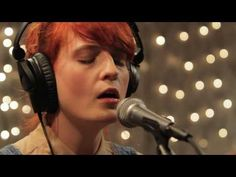 Florence and the Machine - Cosmic Love (Live on KEXP) Love her/them!