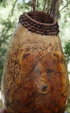 Dianne Connelly and Pat Schalbrack's gourd. Hand Painted Gourds, Decorative Gourds, Decoration, Art Decor, Old Farm Houses, Bear Art, Gourd Art, Nature Crafts, Wildlife Art