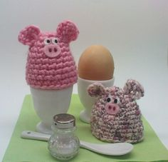 The crocheted egg warmers enrich every breakfast table and elicit . The crocheted egg warmers enrich every breakfast table and elicit even a smile from the morning muffle! Crochet Egg Cozy, Crochet Dishcloths, Easter Crochet Patterns, Granny Square Crochet Pattern, Purple Flower Bouquet, Flowers Wallpaper, Birthday Wishes Flowers, Happy Flowers, Diy Gifts For Boyfriend