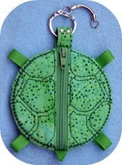 Turtle Coin Pouch (ITH embroidery pattern)