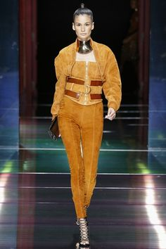 Balmain Spring/Summer 2016 Ready-To-Wear