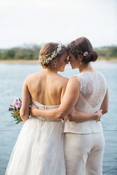 Modern Maroochydore Waterside Wedding | Photo by Quince & Mulberry http://quinceandmulberrystudios.com.au/