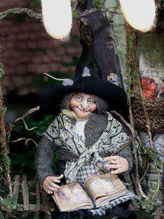 1/12th dollhouse doll witch Walpurga by Silke Janas-Schloesser
