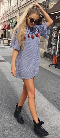 trendy outfit dress + boots