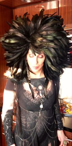http://custard-pie.com Cher loves Feathers too!!! Custom Black Rooster Coque Tail Feather Wig!